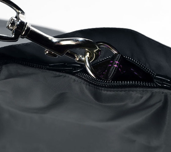 Giacca impermeabile nera 4